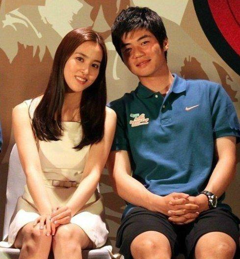 Ki Sung Yong opens up about his quick engagement with Han Hye Jin + denies shotgun wedding rumors