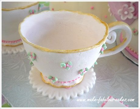 tutorial to make this beautiful tea cup as well as a teapot cake.