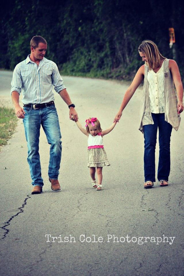 Fun Family Picture Ideas! :)