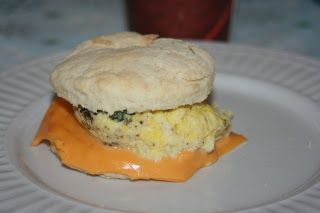 Whatcha Eatin'?: Tim Horton's Breakfast Sandwich - Copycat recipe