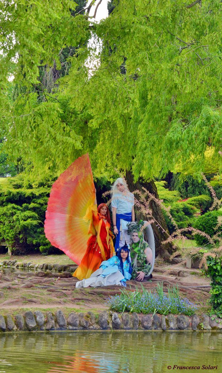 Kerfat'fuer, Nare, Idiul and Iker'undos from Leodhrae www.aurorafilippi.com Photo by: Francesca Solari https://www.facebook.com/Francesca-Solari-Photography-454269394624161/ Location: Parco Giardino Sigurtà (Italy) #leodhrae #fantasy #costume #cosplay #book #novel #god #gods #goddess #air #water #fire #earth #elements