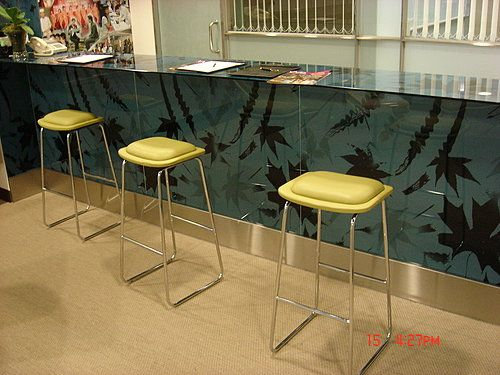 Shangri-La's Far Eastern Plaza Hotel, Nice bar stool with clean lines by Favrile #barstool