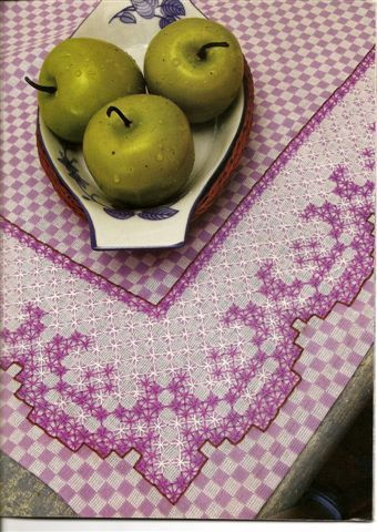 Chicken Scratch pattern idea for table runner