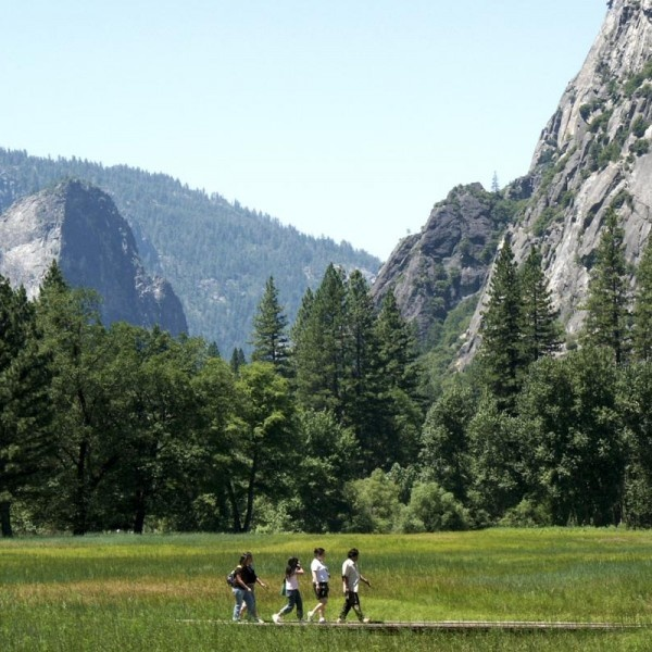 With plenty of natural attractions and low-price camping areas, Yosemite offers refuge for those looking to escape their hectic urban lives. Like Yellowstone, Yosemite offers access to extensive hiking trails and breathtaking scenery for a small entrance fee, and travelers can avoid high hotel prices by simply packing a tent. If the city calls, San Francisco is just a few hours away by car.