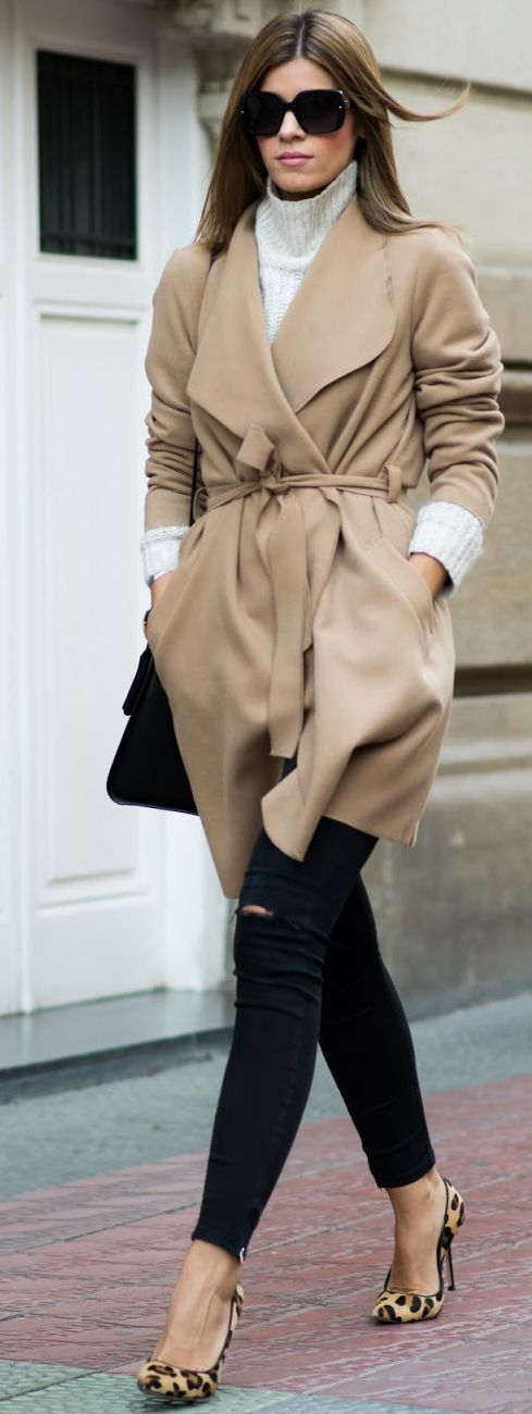 Camel Coat On White Turtleneck Fall Street Style Inspo by Ms Treinta repin & like. listen to Noelito Flow songs. Noel. Thanks https://www.twitter.com/noelitoflow https://www.youtube.com/user/Noelitoflow