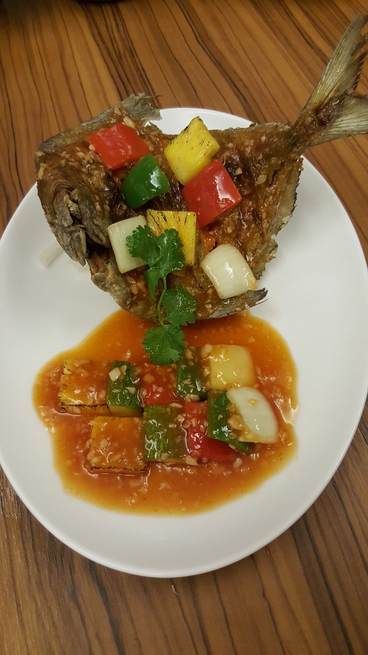 Lion City's Deep Fried Sweet and Sour Pomfret #Singapore #Vietnam