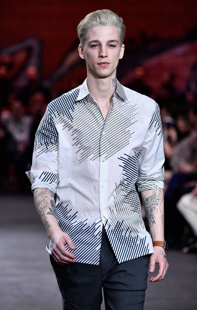 A Model Ash Stymest Walks The Runway at the Hermes: Dwtwn Men - Spring/Summer 2017 Runway Show on March 9, 2017 in Los Angeles, California ❤
