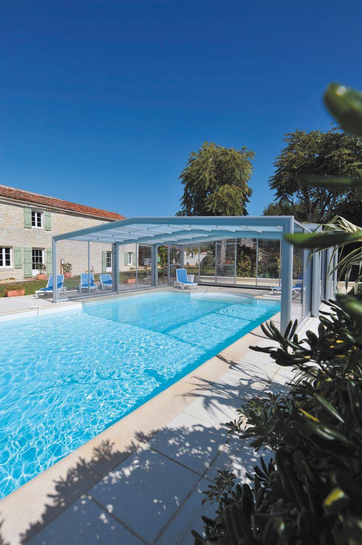 Quoi de mieux que de se prélasser dans la piscine de son gîte ?! #abripiscinerideaupro #triptik