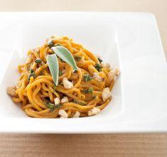 Tagliolini profumati con olio alle erbe e noci - Tutte le ricette dalla A alla Z - Cucina Naturale - Ricette, Menu, Diete