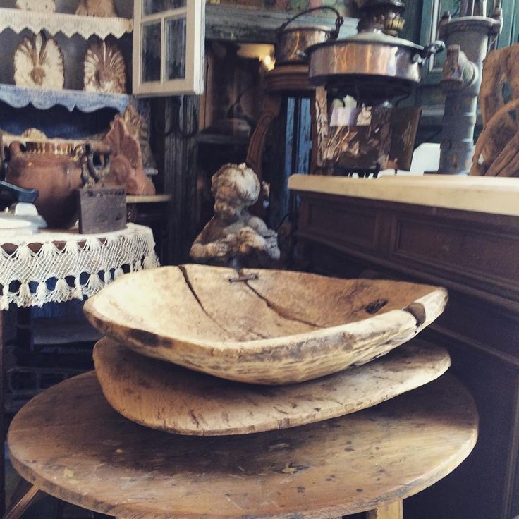 #antiques #sculpture #wooden #bowl #woodenfurniture #antefix #interior #vintage #vintage #vintagegreece #decor #house #oldstyle #tinos #cyclades #greece #marble