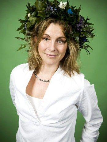 Helen Sjöholm | Swedish singer, actress andmusical theatre performer