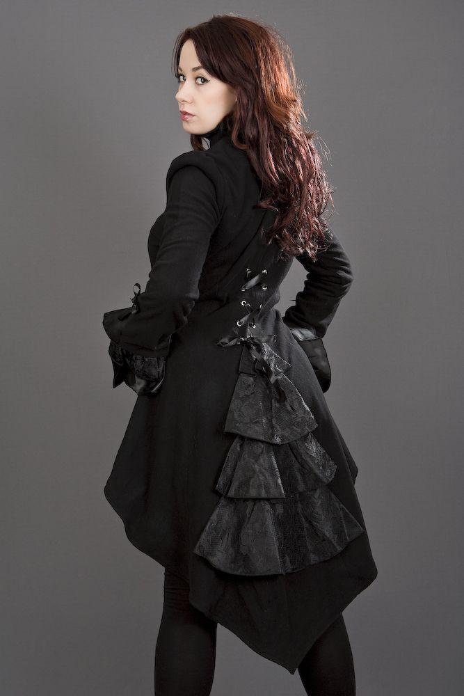 Veste gothique queue de pie noire BURLESKA ornée de dentelle