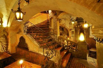 My favorite restaurant in Vienna, Austria.. Brezl Gwolb