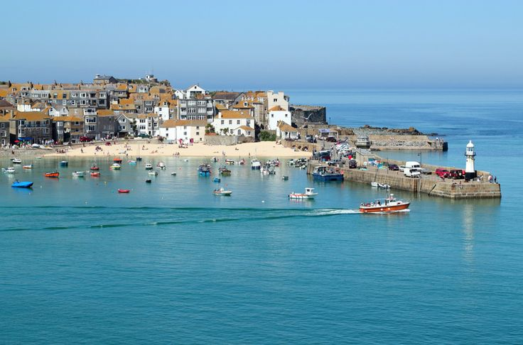 St Ives, Cornwall, Eng - the quay is even better in a hard driving rain