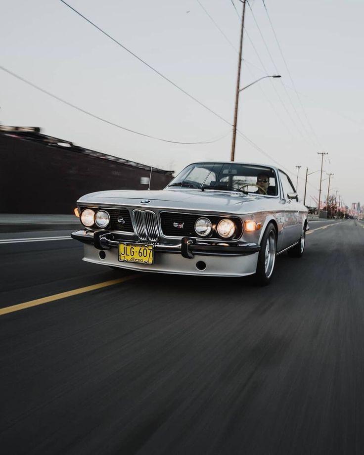 Wird niemals alt. Bleibt immer edel. Der BMW 2800 CS. #BMWrepost @ ccmguy8 @piker …