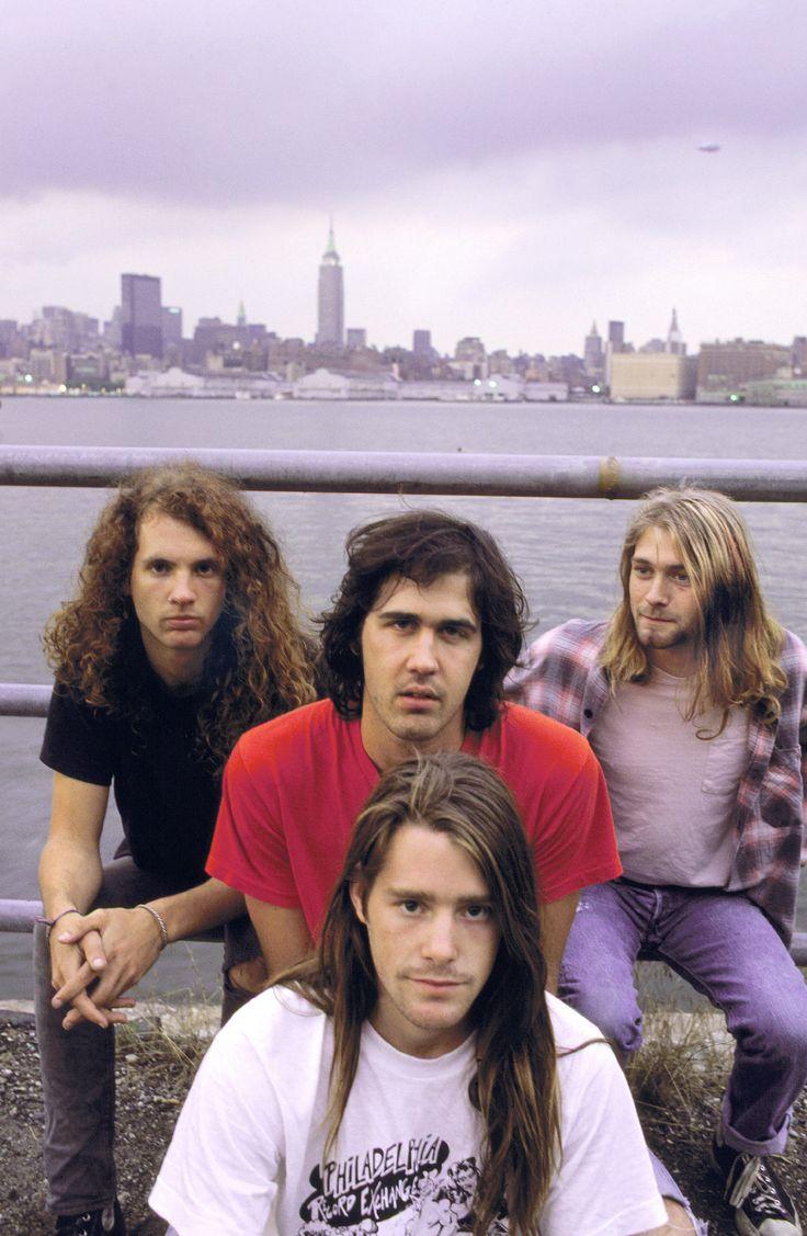 Jason Everman, Krist Novoselic, Kurt Cobain, Chad Channing #Nirvana - 07/13/1989...hey look, there's a UFO above Kurt