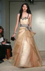 Rochie de mireasa colorata 42