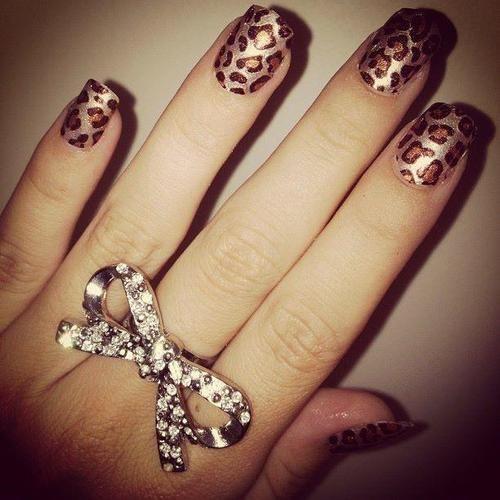 leopard nails <3