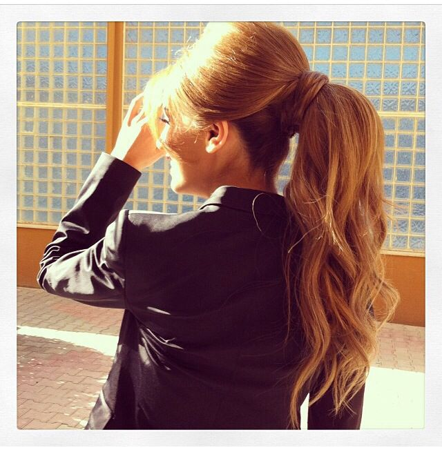 Pretty! Bouffant and ponytail. ♡