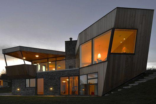 Casa Dividida,© Nils Petter Dale