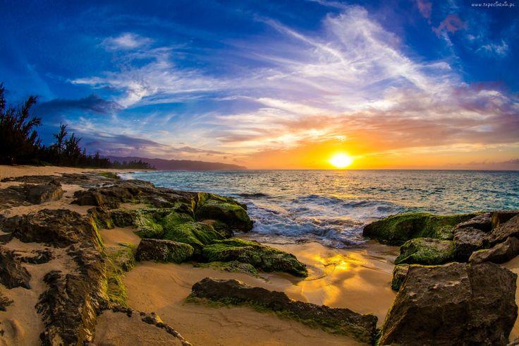 Morze, Wschód słońca, Niebo, Kamienie, Wybrzeże