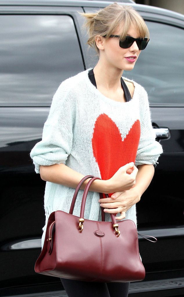 We're obsessed with Taylor Swift's adorable heart sweater! #style