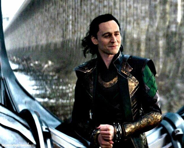 Pin by Sylke Wallbrecht on Loki'd (Tom Hiddleston) | Pinterest