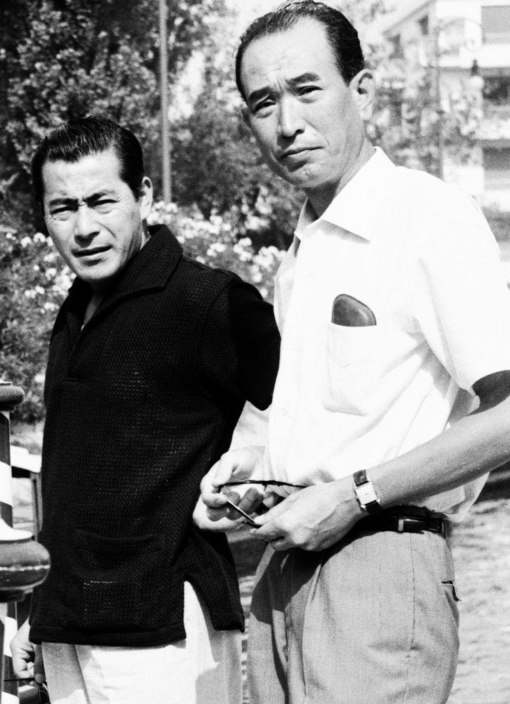 Toshírō Mífune and Âkíra Kurōsawa at the 1960 Veníce Fílm Festíval