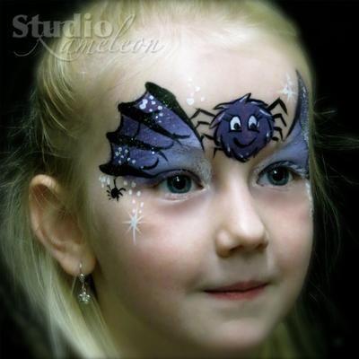 Bekijk de foto van StudioKameleon met als titel Schattig heksje voor halloween. en andere inspirerende plaatjes op Welke.nl.