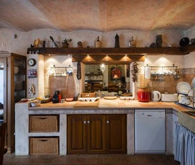 Kitchen - Luxury Villa Art at Lake Balaton