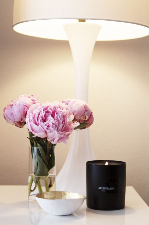 26_B White Gloss Side Table and Lamp . Black Candle . Pink Flowers