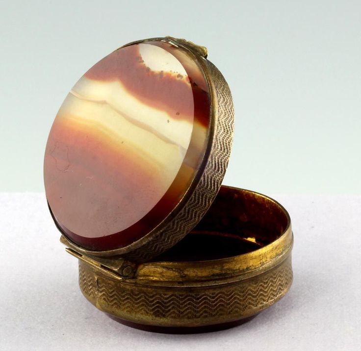 Runde Schnupftabakdose Pillendose ACHAT Bronze um 1900