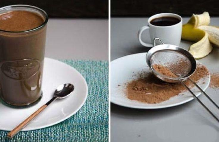 Вариация на тему классических шоколадных муссов, однако без жирных сливок, яиц, сахара и сливочного масла. Вместо этого мы используем натуральный какао, а кремовость и сладость получаем от банана и быстрого орехового молока.  Такой мусс почти не отличается от классических - такой же сладкий, о