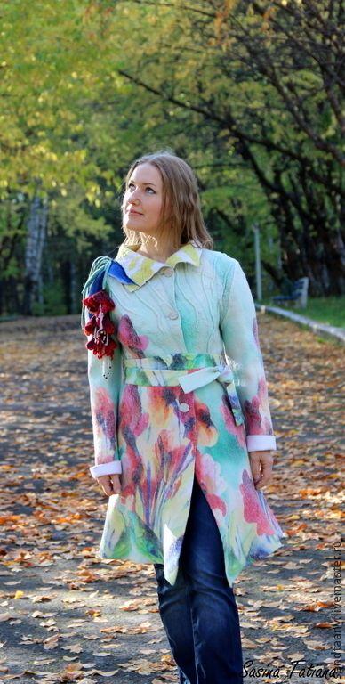 """Верхняя одежда ручной работы. Ярмарка Мастеров - ручная работа Пальто """"Жизнь в красках"""". Handmade."""