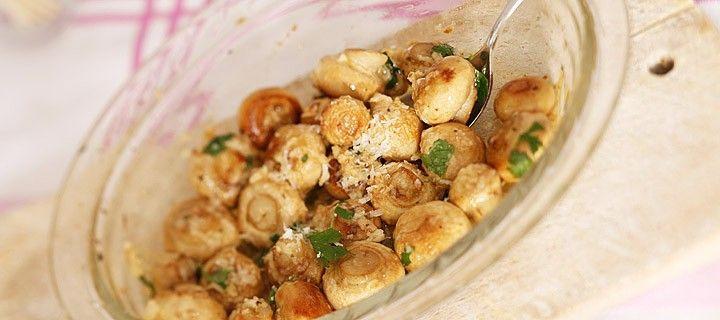 Recept voor gegratineerde champignons met parmezaanse kaas en knoflook uit de oven
