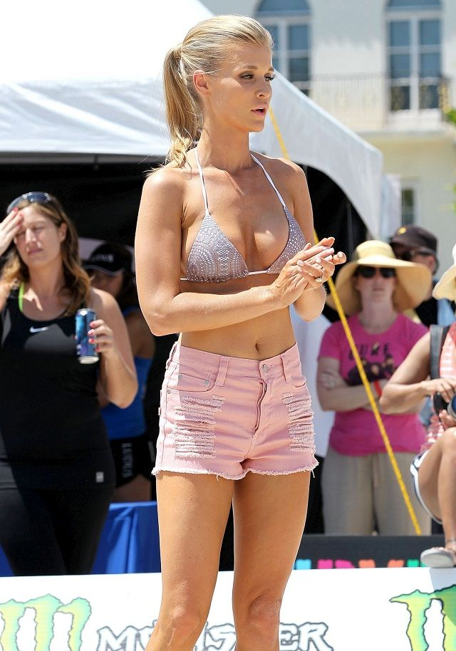 volleyball to the face | ... she was spotted at the model beach volleyball tournament in miami the