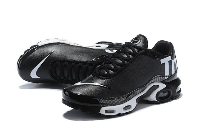 5e2dd1002df3 Nike Mercurial Air Max Plus Tn Black White Men s women s Running Shoes