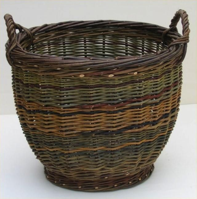 joe hogan basket - would love to try making a real willow basket, but not sure I have the patience :)