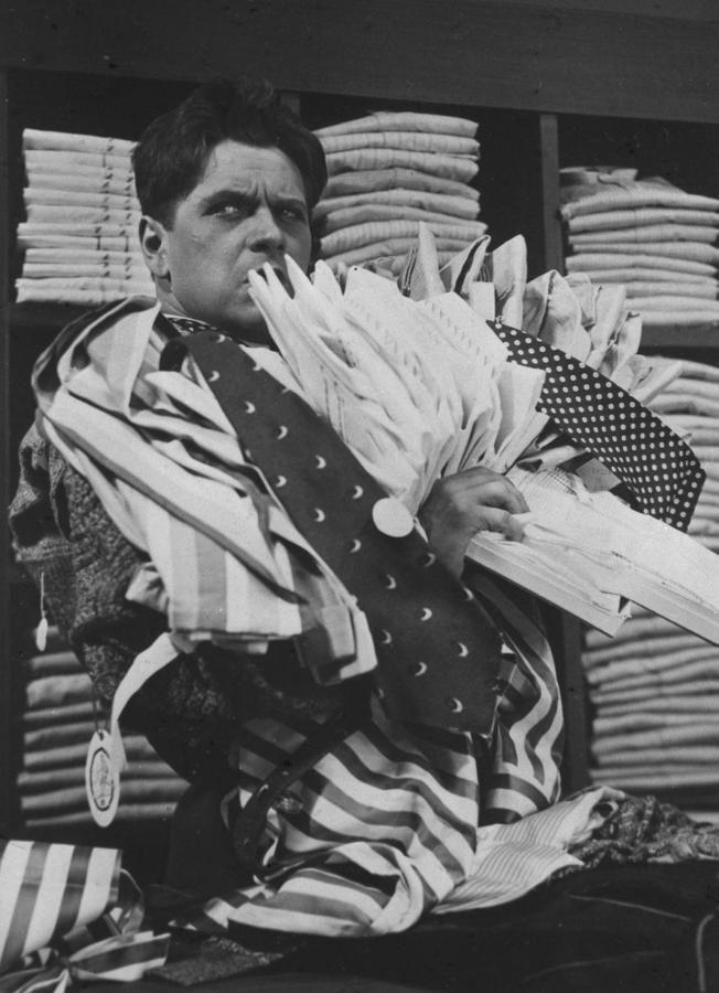 """Eugeniusz Bodo w filmie """"Jego Ekscelencja Subiekt"""" (1933 r.)"""