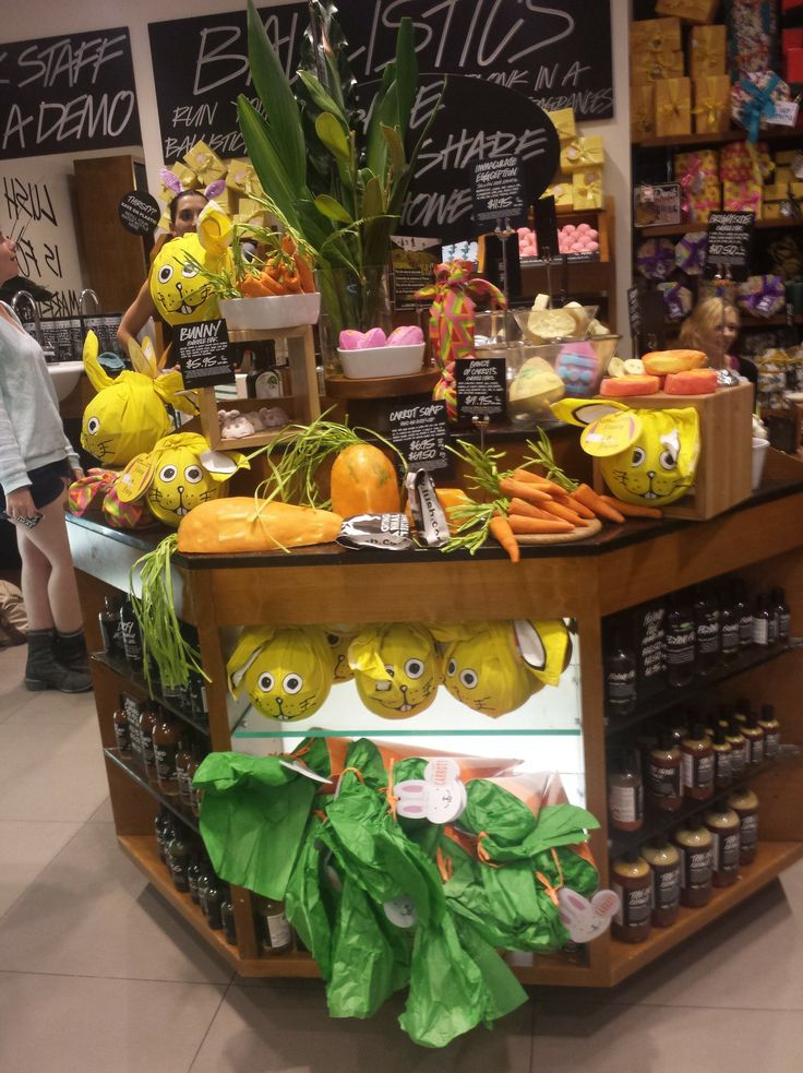 ground—control-to-major-tom: No Foolin' Easter Party at Lush Plaza Arcade! So last night I attended a VIP event at Lush Plaza Arcade in Perth. It was the in store release of their Easter line, introducing us to new yummy bath things!