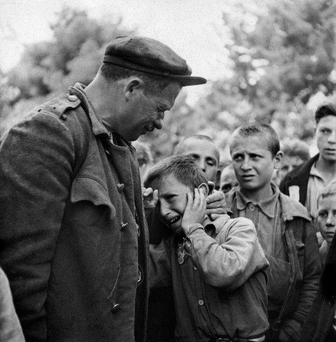 Εκτοπισμός παιδιών από τις περιοχές του εμφυλίου (1948)