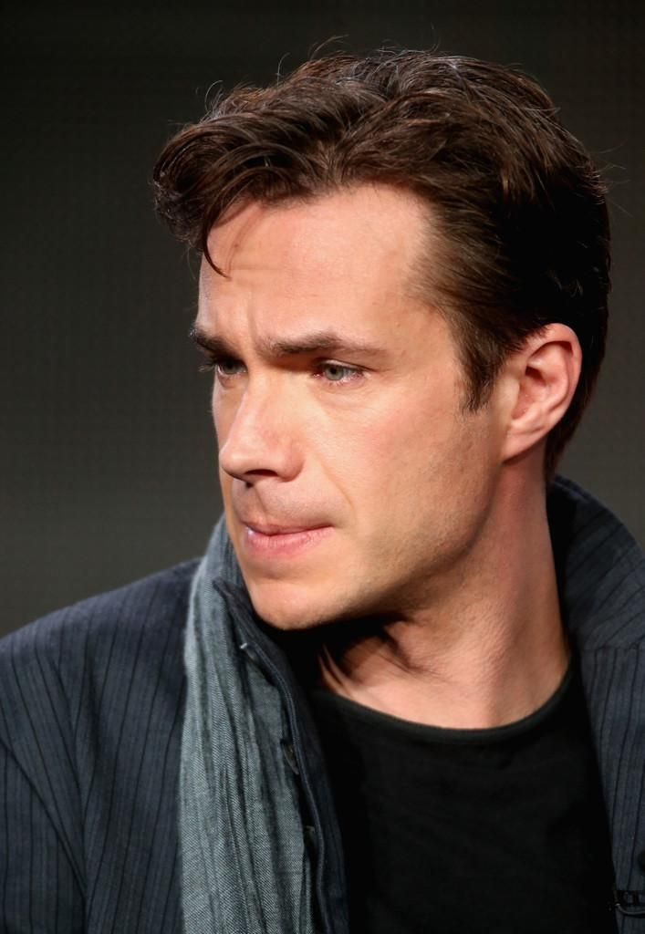 James D'Arcy  (Thank you, MCU, it's not like you had a shortage of hot British men for me to stare at already, did you have to introduce MORE?)