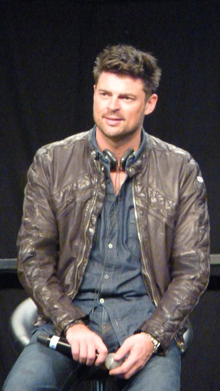 1000 images about all things karl urban on pinterest the chronicles of riddick karl urban. Black Bedroom Furniture Sets. Home Design Ideas