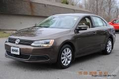 2013 Volkswagen Jetta 2.5L SE w/Moonroof & Leather Sedan C4372 for sale in Rhinebeck, NY