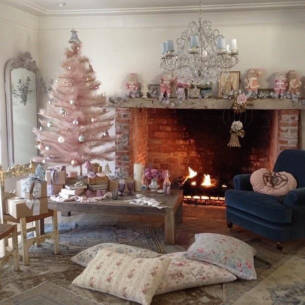 Rachel Ashwell Christmas 2012
