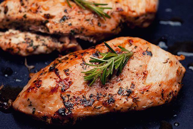 Bästa recepten på kyckling i ugn