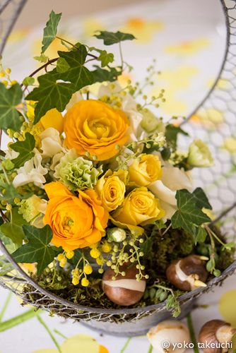 spring yellow arrangement