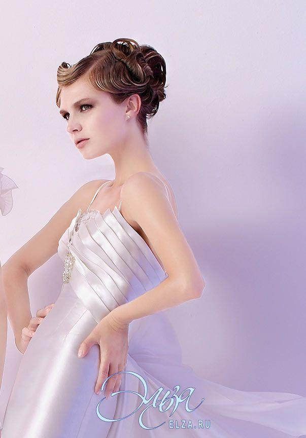 Cвадебное платье 4158: фасон годе (русалка, рыбка, трампет), винтажный стиль, длинное платье, с фигурным вырезом, с непышной юбкой, со шлейфом, модель до 2016 года, без рукавов, платье, эксклюзивное в Москве, в ограниченном количестве, основная ткань: тафта, органза