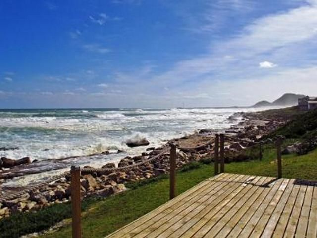 2 bedroom house for sale in Misty Cliffs for R 7 410 000 with web reference 571586 - Jawitz False Bay/Noordhoek