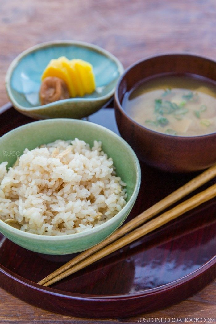 Ginger Rice  | Easy Japanese Recipes at JustOneCookbook.com I've just made this - delicious.
